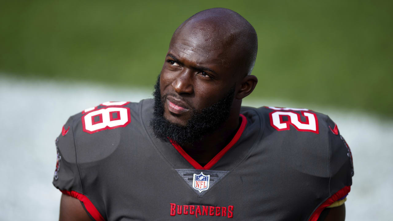 Buccaneers RB Leonard Fournette inactive vs. Vikings as result of coach's decision
