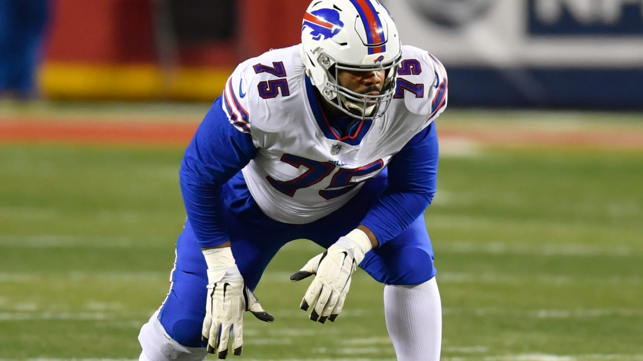 Daryl Williams, Bills agree to terms on three-year deal