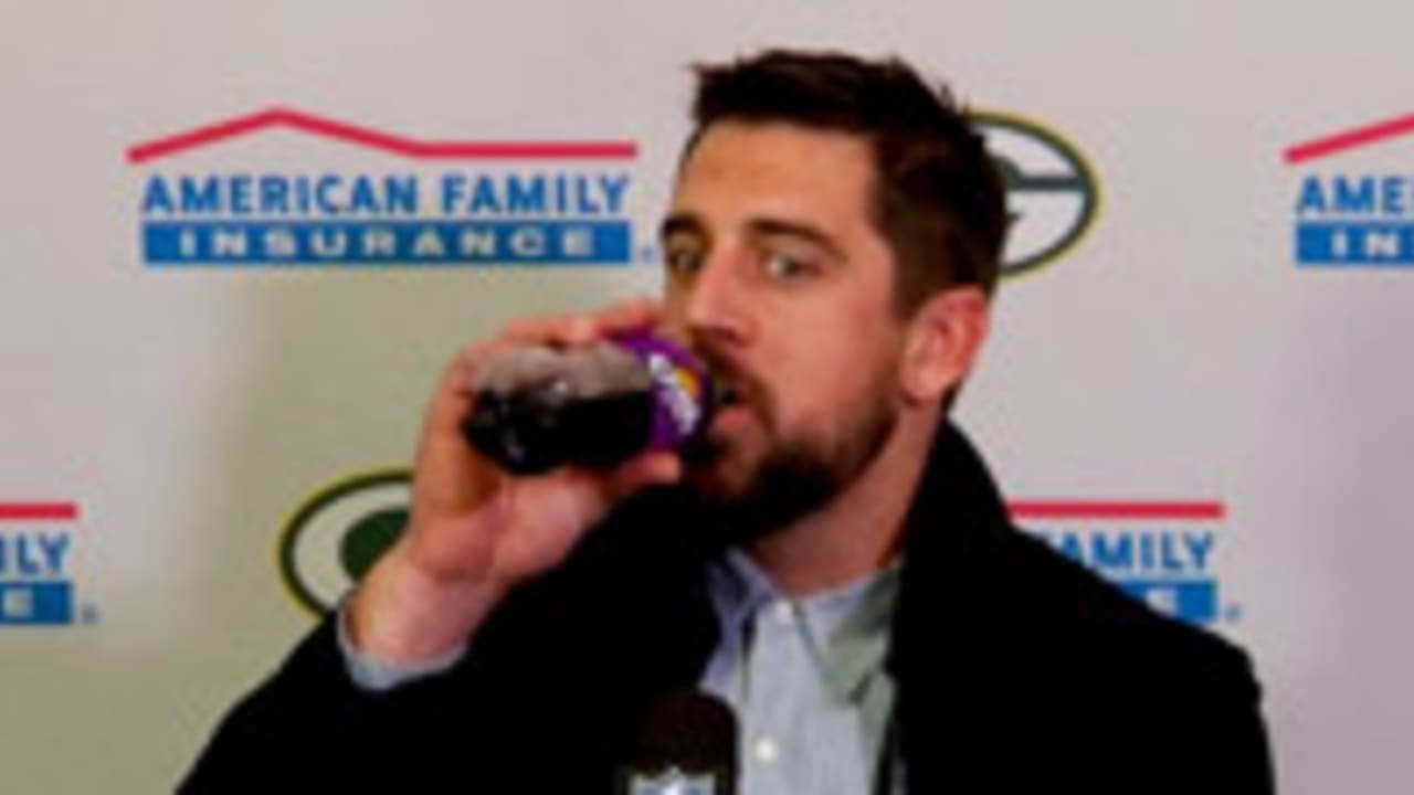 Aaron Rodgers Calls Out Idiot Trolls Over Grape Soda