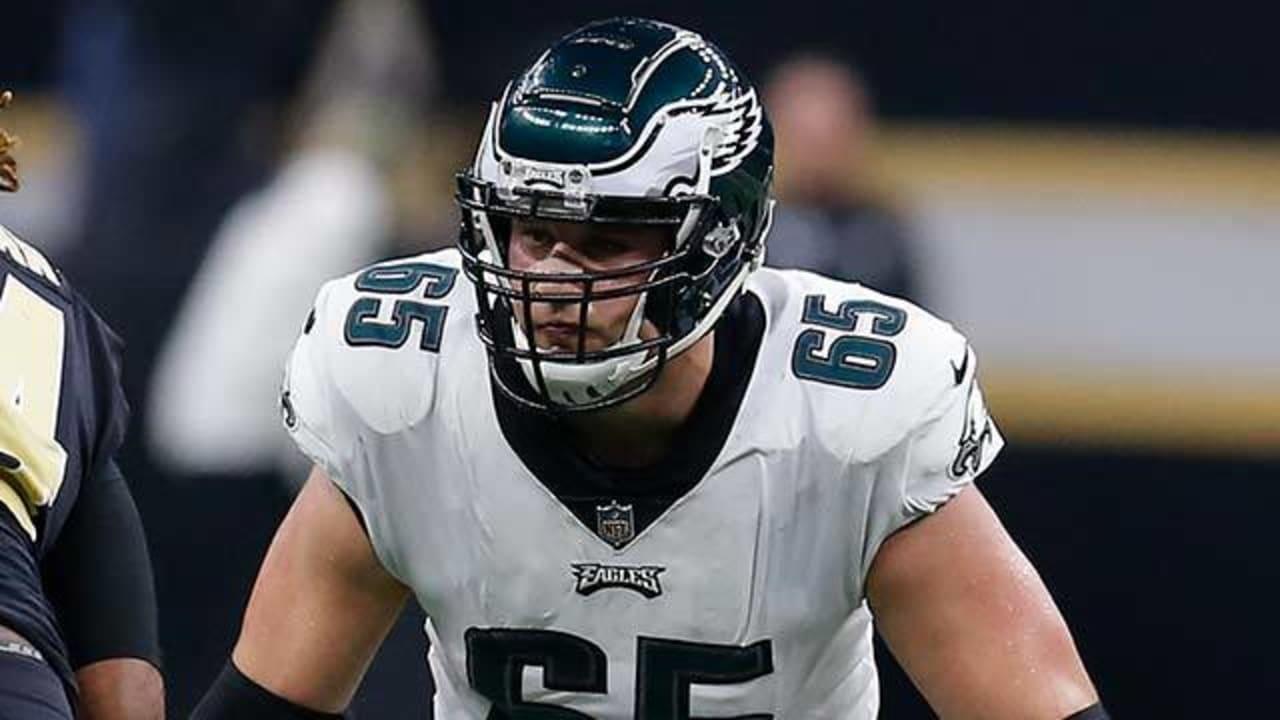 Philadelphia Eagles Offensive Tackle Lane Johnson blocks