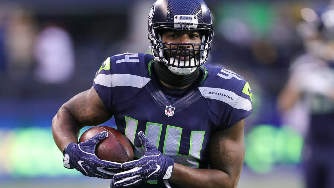 Marcel Reece re-signs with Seattle Seahawks