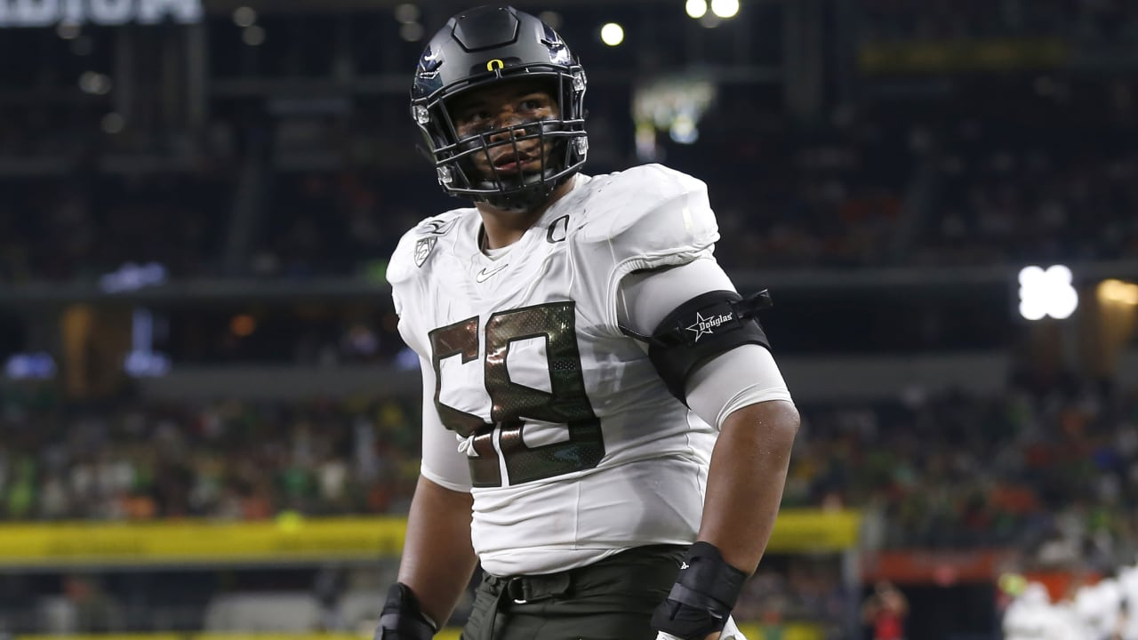 Scouting Oregon's Penei Sewell: NFL's next great left tackle?