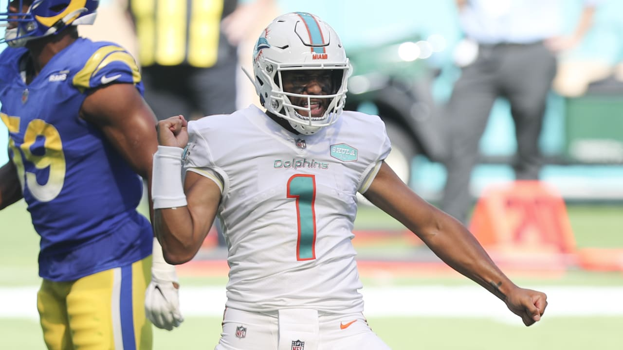 Miami Dolphins rookie quarterback Tua Tagovailoa's first NFL touchdown pass  is a dart to Dolphins wide receiver DeVante Parker.