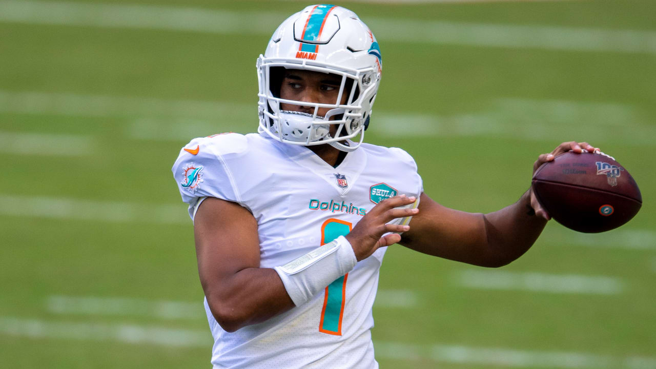 Dolphins Rookie Qb Tua Tagovailoa Makes Nfl Debut In Win Vs Jets