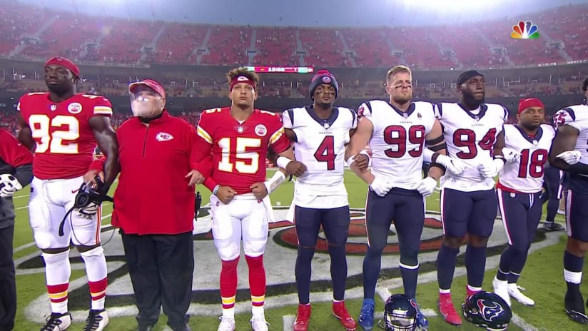 Texans Chiefs Players Come Together For Moment Of Unity Before Kickoff Game
