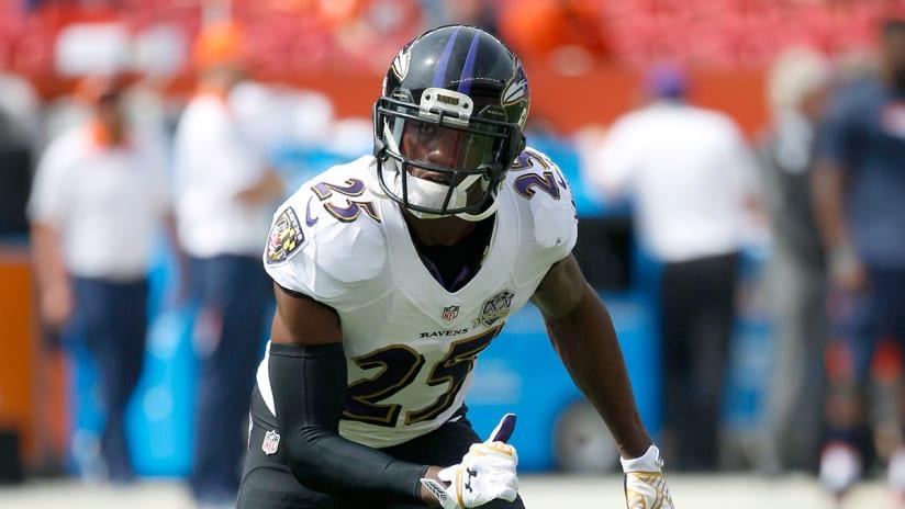 Ravens' Tray Walker critically injured in dirt bike crash