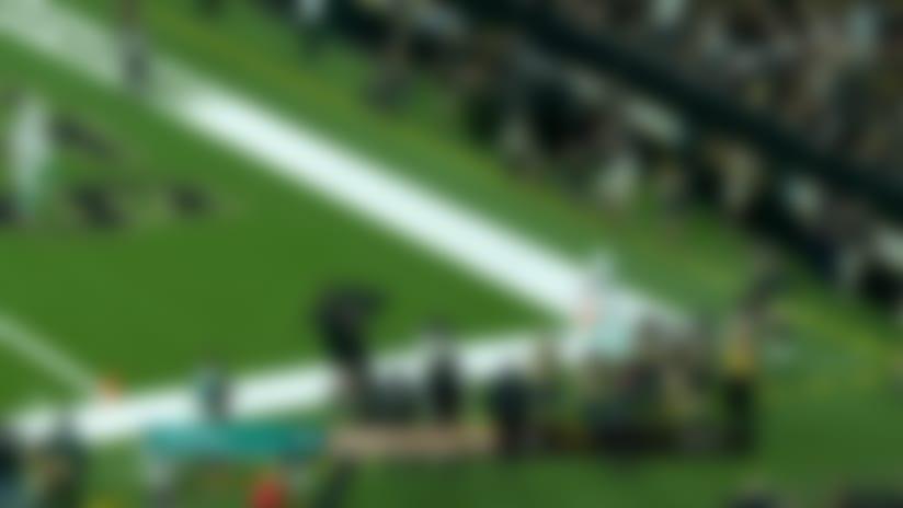 Teddy Bridgewater fires a 12-yard touchdown pass