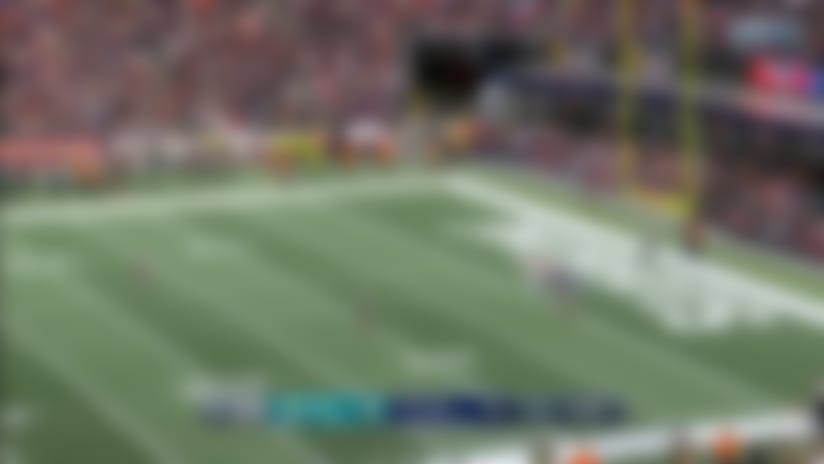 Brandon Bolden breaks through defenders for 38-yard kick return