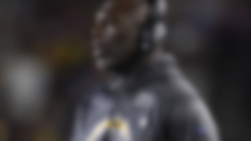 Los Angeles Chargers head coach Anthony Lynn yells from the sidelines during the second half of an NFL football game against the Pittsburgh Steelers in Carson, Calif., Sunday, Oct. 13, 2019. (AP Photo/Kelvin Kuo)