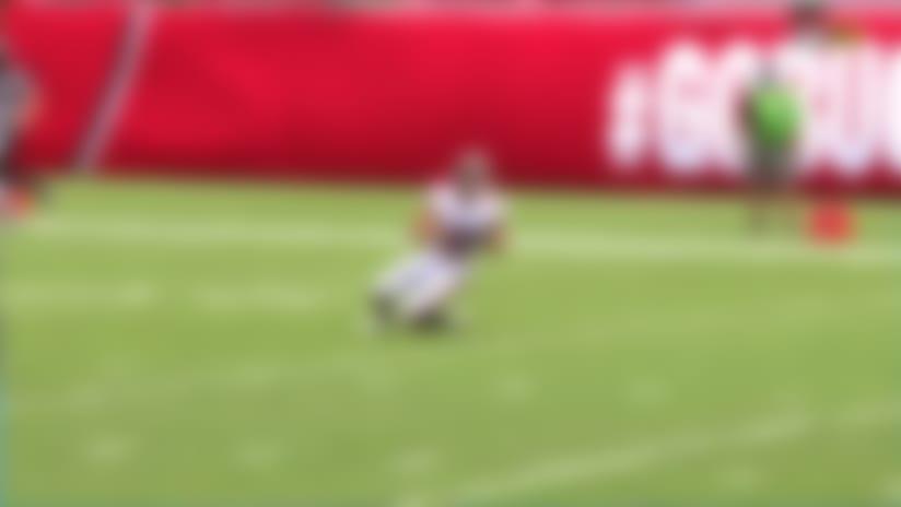Flea-flicker alert! Fournette laterals to Brady on 36-yard completion