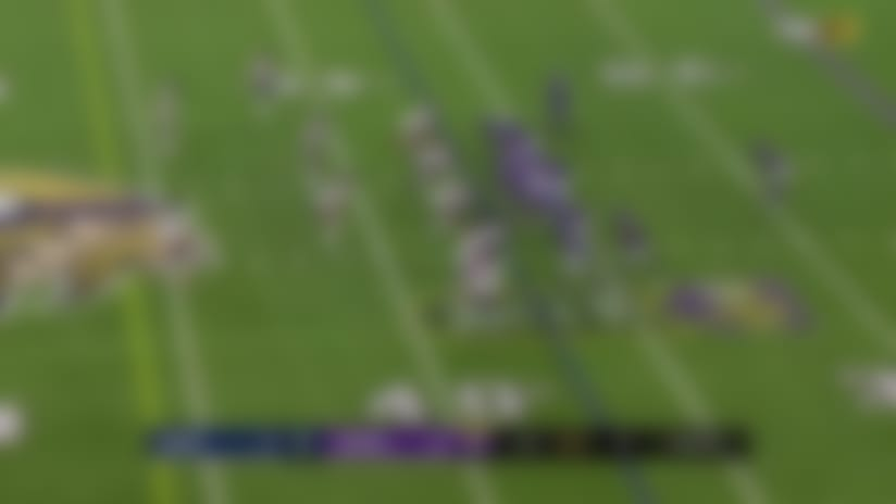 Mike Boone's bobble turns into tip-drill INT for Bears