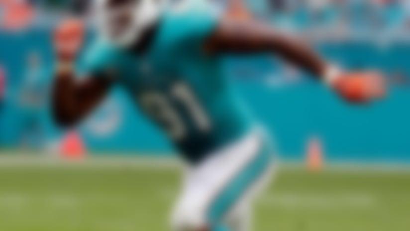 Reading the Defense: Cam Wake woke in Week 9