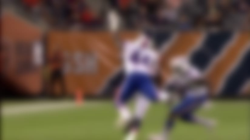 Daniel Brown catches pass perfectly in stride for 27 yards