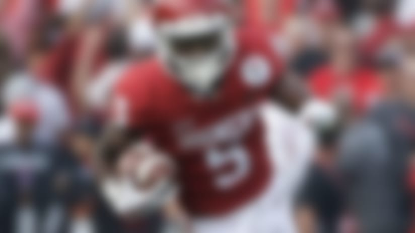 Oklahoma wide receiver Marquise Brown carries the ball during the Rose Bowl NCAA college football game against Georgia Monday, Jan. 1, 2018, in Pasadena, Calif. (AP Photo/Jae C. Hong)