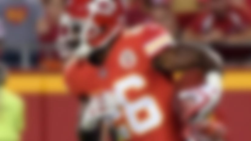 Notable roster moves: Chiefs re-sign RB C.J. Spiller