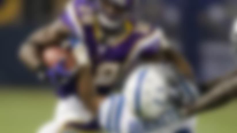 Adrian Peterson defying all odds with post-injury dominance