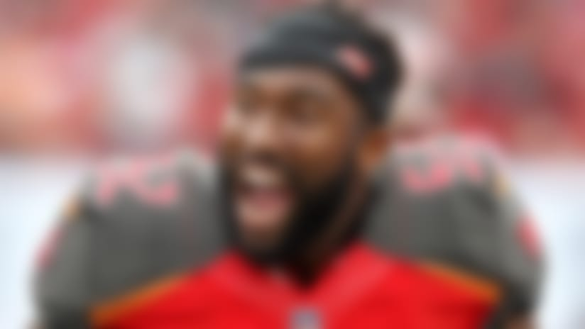 TAMPA, FL - NOV 12: Cameron Lynch (52) of the Bucs is excited after the Brent Grimes interception during the regular season game between the New York Jets and the Tampa Bay Buccaneers on November 12, 2017 at Raymond James Stadium in Tampa, Florida. (Photo by Cliff Welch/Icon Sportswire) (Icon Sportswire via AP Images)