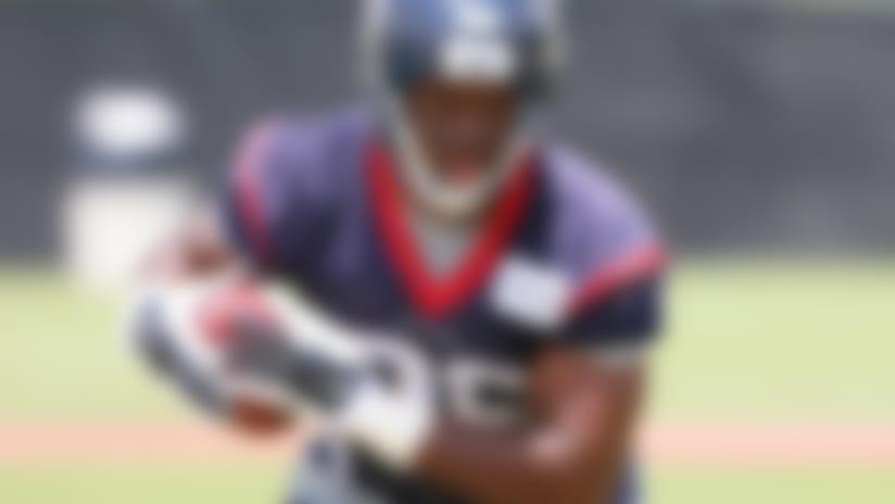 Texans trade TE Khari Lee to Bears