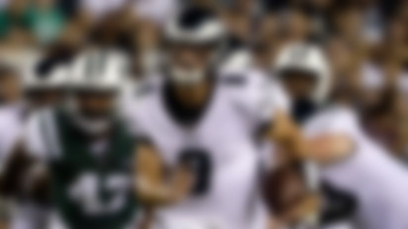 Christian Hackenberg keeps the zone-read for 22-yard rush