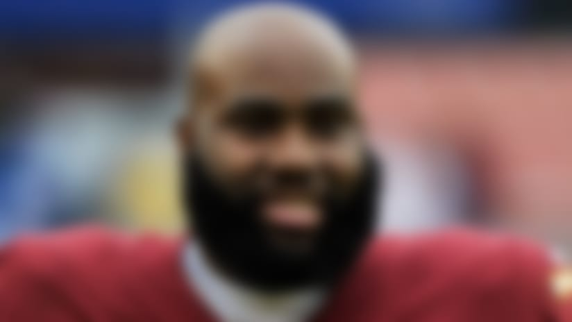 Washington Redskins offensive tackle Morgan Moses warms up prior to an NFL football game against the New York Giants, Sunday, Dec. 9, 2018, in Landover, Md. (AP Photo/Mark Tenally)