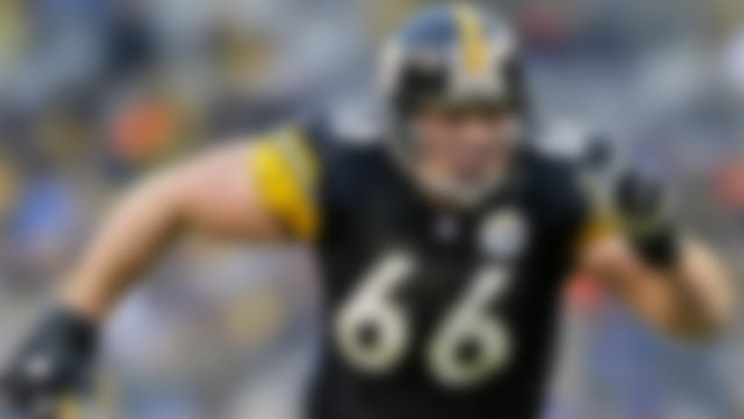 Steelers offensive guard Alan Faneca (a 2002 Pro Bowl All Star) on the move during a thrilling regular season ending game in which the Pittsburgh Steelers narrowly defeated the Baltimore Ravens 34 to 31 on 12/29/2002.