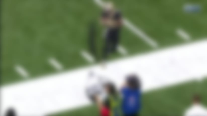 Toe-tapping Ted Ginn hauls in Drew Brees' sideline laser for 30 yards
