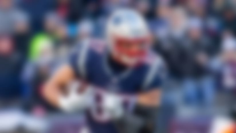 NFL players react to Gronkowski's return, trade to Bucs