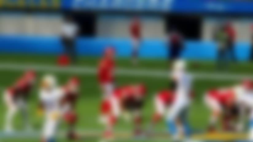 Stadium view: Mahomes' incredible 54-yard TD throw to Hill