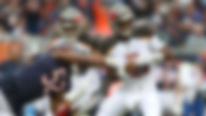 Khalil Mack hits Jameis Winston's arm to force INT