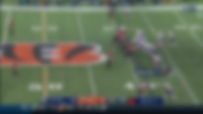 Sam Hubbard wraps up on Brady for fourth-down sack