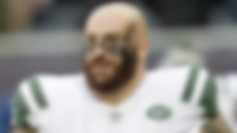 New York Jets offensive guard Brian Winters (67) looks on from the sideline during an NFL football game against the Chicago Bears, Sunday, Oct. 28, 2018 in Chicago. The Bears won 24-10. (Scott Boehm via AP)