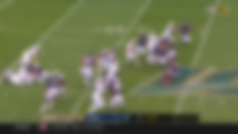 Bears punter knocks ball out back of end zone to turn TD into safety