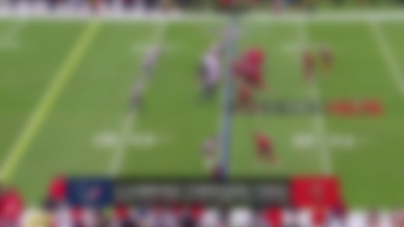 Jameis drops absolute dime to Howard for 18 yards