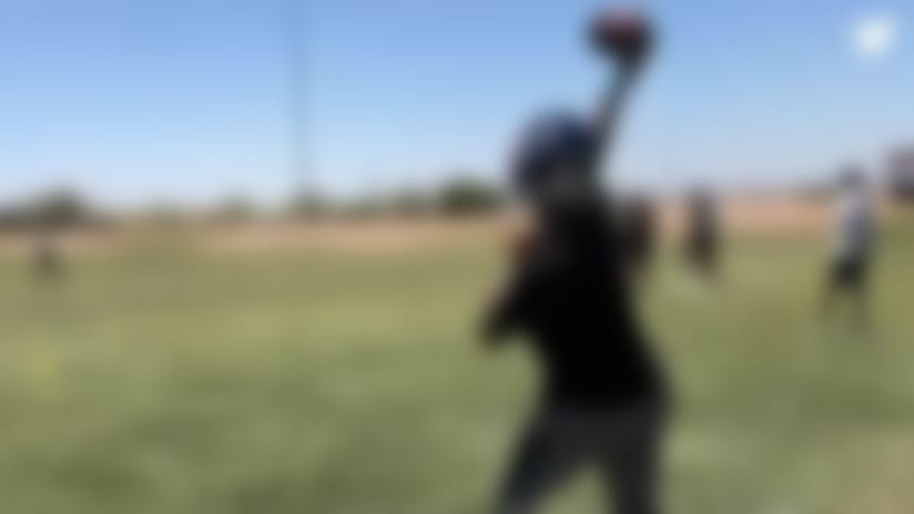 See Deshaun Watson hone passing skills in offseason workout