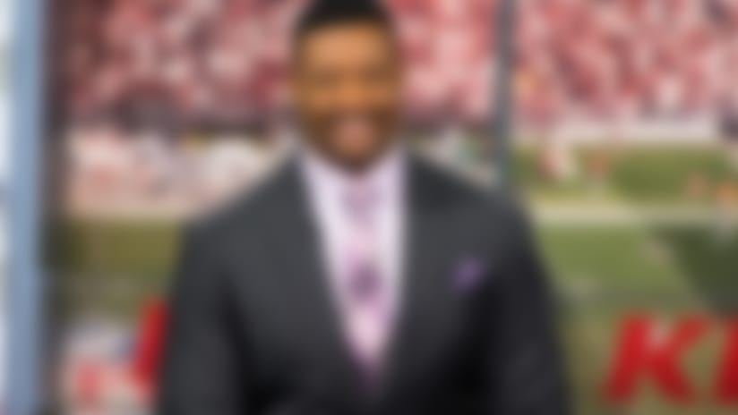 Willie McGinest, Patriots Foundation to host voting drive Saturday