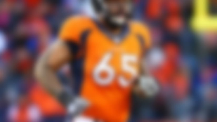 Denver Broncos release Daniels, Vasquez