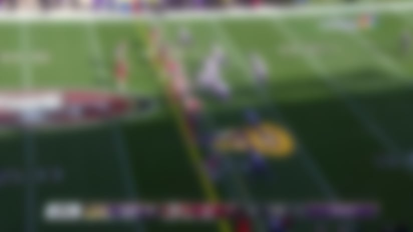 Thielen's juke at the line of scrimmage sets up first-down catch