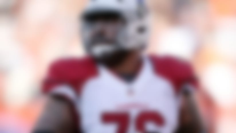 Injuries: Cards' Mike Iupati exits game on stretcher