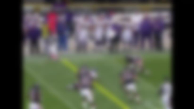 Peterson duels Hester in big play battle - Vikings vs. Bears Week 6, 2007 | NFL Throwback Highlights
