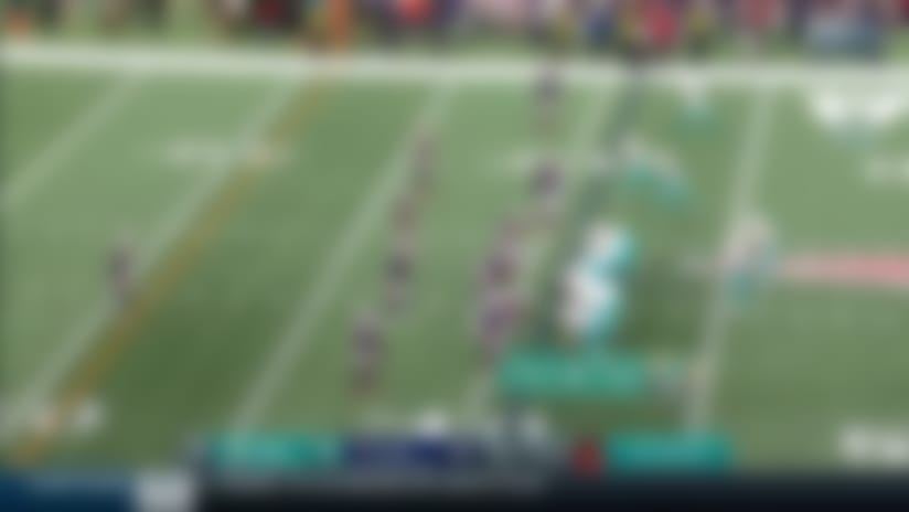 Dolphins break out trick play for 20-yard gain