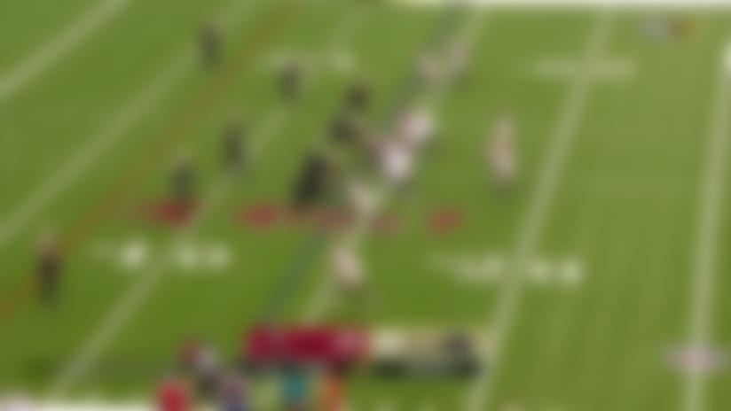 Brady rips fourth-down dart to Godwin to move the chains
