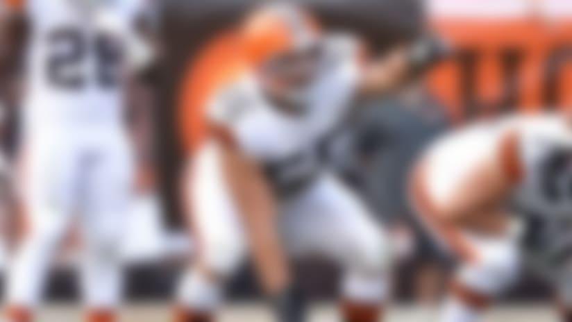 Cleveland Browns put Alex Mack on injured reserve