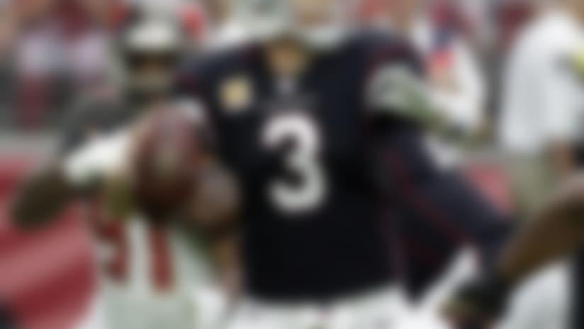 Arizona Cardinals quarterback Carson Palmer passes.