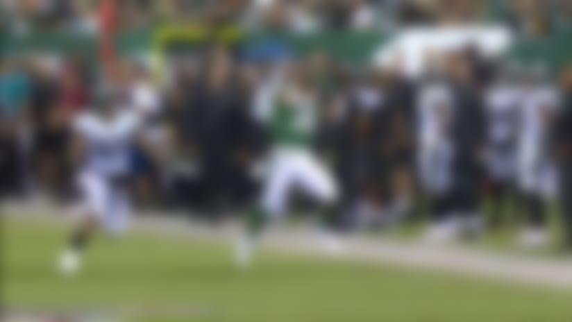 Jets former rugby star hauls in over-the-shoulder dime for 27 yards