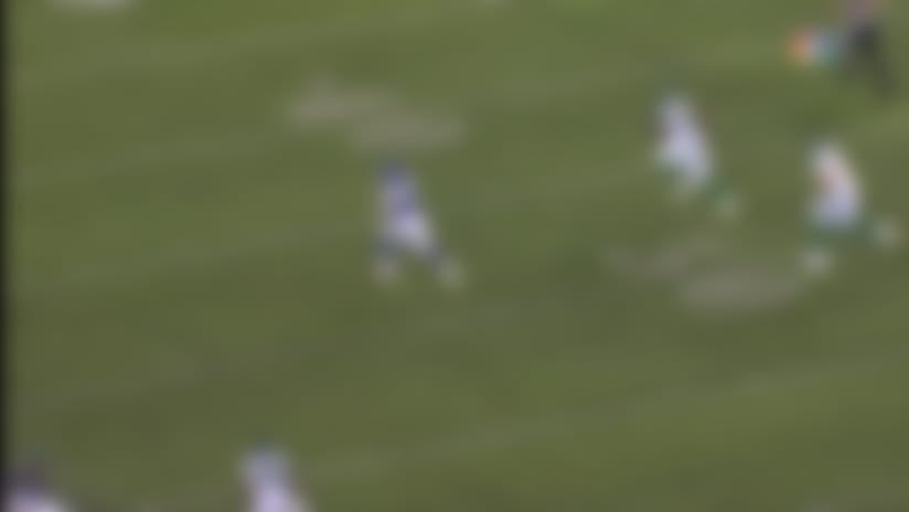 Can't-Miss Play: Tip drill! Giants rookie LB delivers sensational pick-six