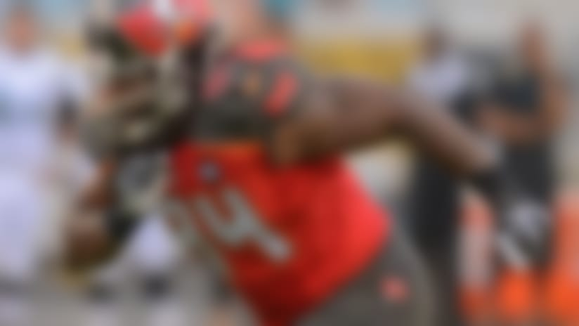Falcons land former Bucs pass-rusher Adrian Clayborn