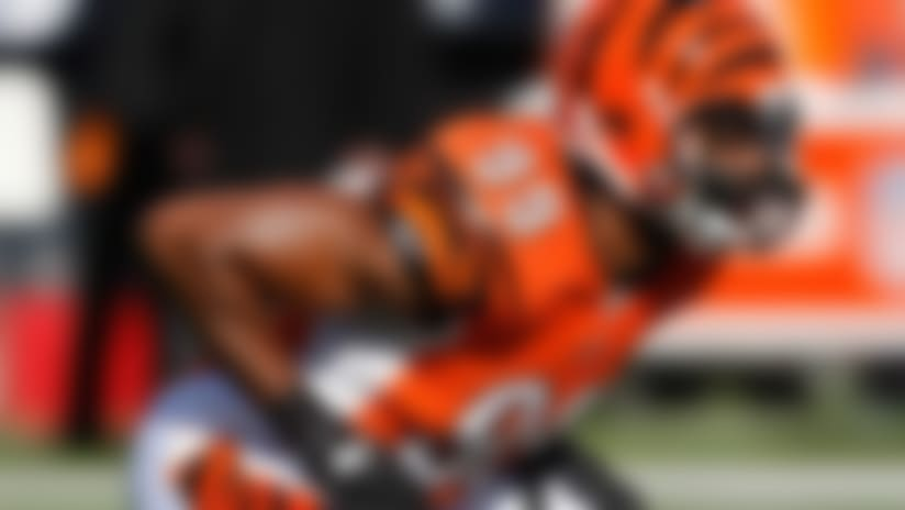 Manny Lawson suffers groin injury vs. Packers