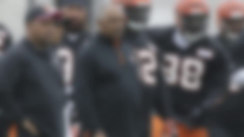 Before deciding to become the Browns head coach, Hue Jackson (left) considered a scenario in which he would've succeeded Marvin Lewis in Cincinnati.