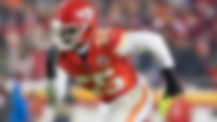 Chiefs put franchise tag on pass rusher Dee Ford