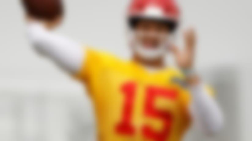 Kansas City Chiefs quarterback Patrick Mahomes passes the ball during the NFL football team's organized team activities, Tuesday, June 12, 2018, in Kansas City, Mo. (AP Photo/Charlie Riedel)